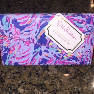 NWT collapsible Lilly Pulitzer sunglasses case